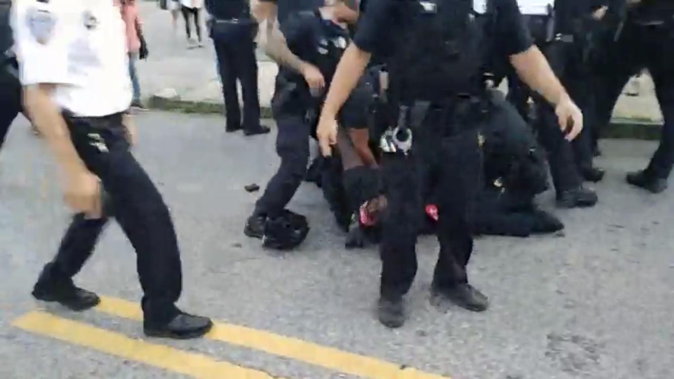 Video: anti-police protesters defy Raimondo rule on gathering